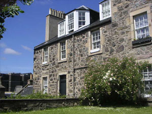 Calton Hill Apartment - Edinburgh cheap self catering